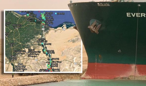 How to check Suez Canal traffic live map