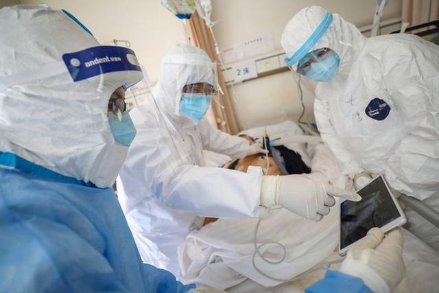 Bộ Y tế thông tin về 20 bệnh nền có nguy cơ tăng nặng khi mắc COVID-19